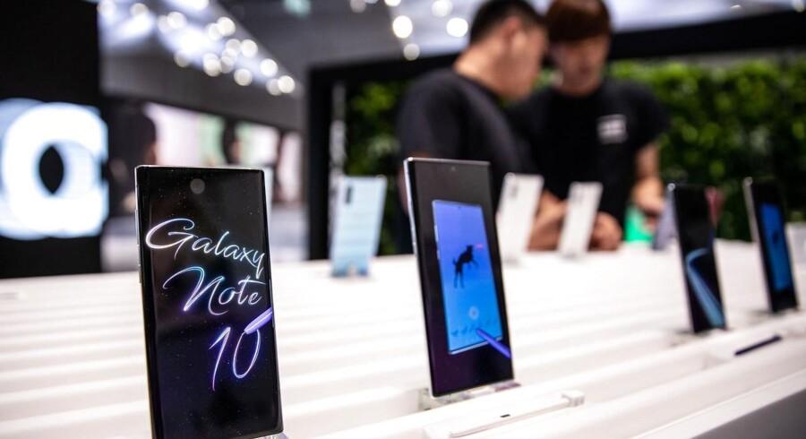 Samsung er verdens største mobilproducent. Fremover vil ingen af den sydkoreanske gigants smartphones – heriblandt den nye Galaxy Note 10 – længere blive produceret i Kina. Arkivfoto: Omer Messinger, EPA/Ritzau Scanpix