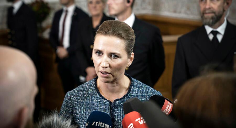 »Selvfølgelig skal vi ikke spare på uddannelse,« sagde S-formand Mette Frederiksen i februar. I udspillet til sin første finanslov lægger dog alligevel regeringen op til markante besparelser på netop uddannelse.