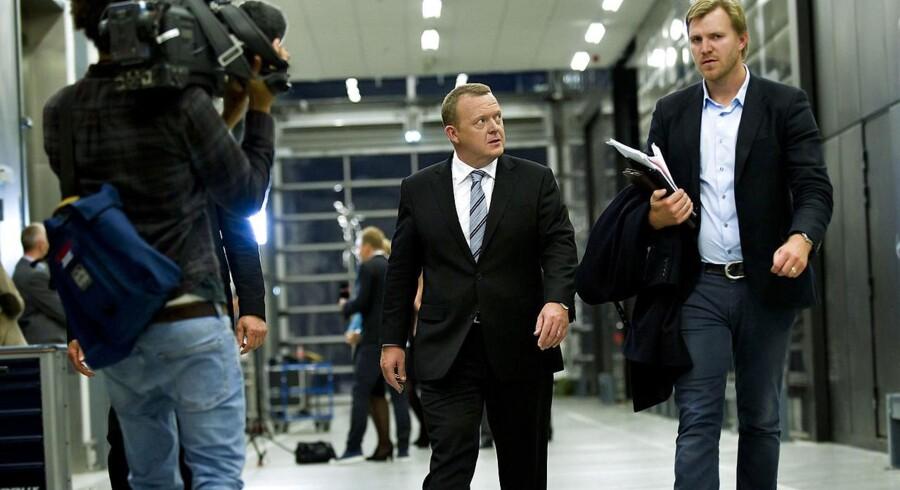 Mikael Børsting (th.) er tidligere såkaldt særlig rådgiver for forhenværende statsminister Lars Løkke Rasmussen (V). Her ses de i forbindelse med en valgdebat hos DR under folketingsvalget i 2011. Arkivfoto: Keld Navntoft/Ritzau Scanpix