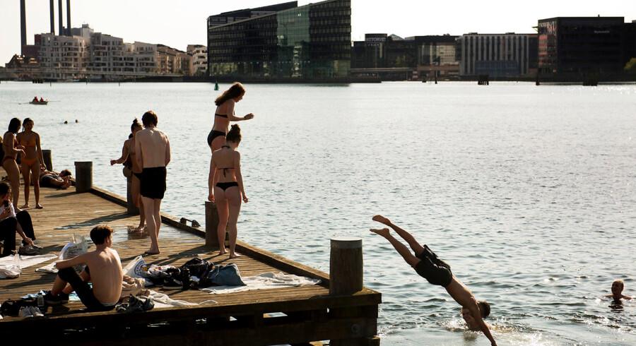En sommersolskinsdag ville Desiree M. Ohrbeck vise sine børn friluftsbadet ved Islands Brygge, men en oplevelse i metroen ændrede stemningen.