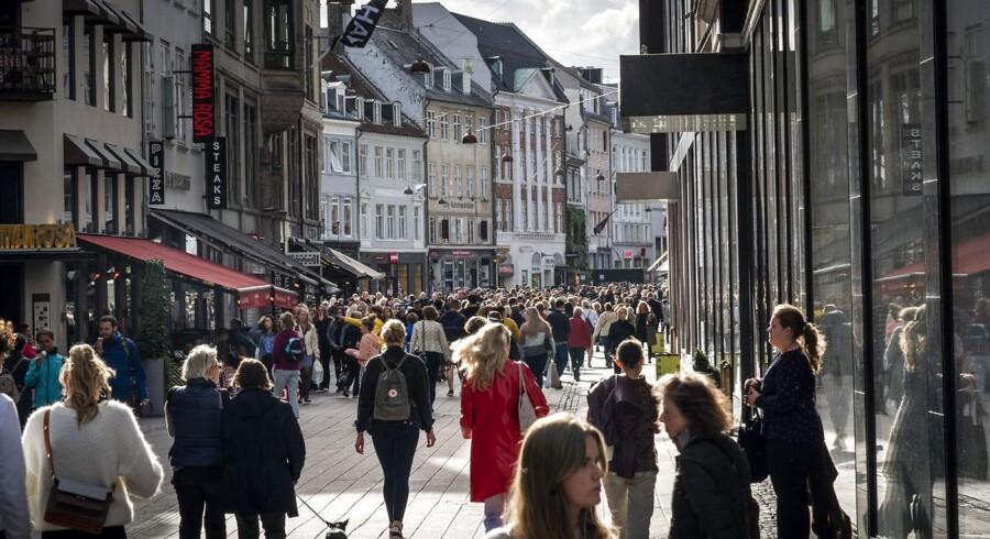 Priserne stiger ikke noget særligt i Danmark, hvilket er godt for danske husholdninger. Men vi betaler måske mere for varer og tjenesteydelser, end vi lige tænker på.