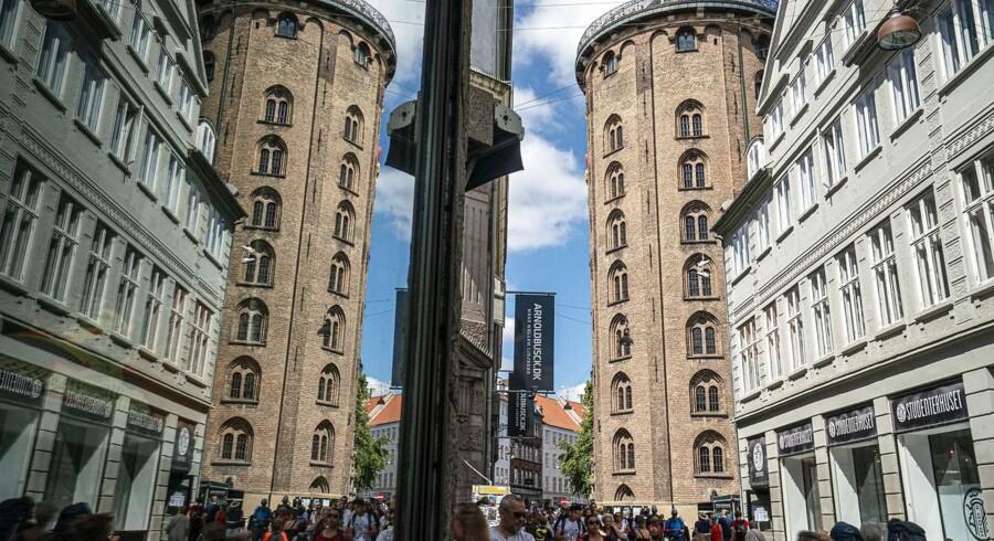 Området omkring Rundetårn i København er blevet for turistet og tivoliagtigt, lyder det fra beboere, der med en ny forening vil bevare den gamle bykerne.