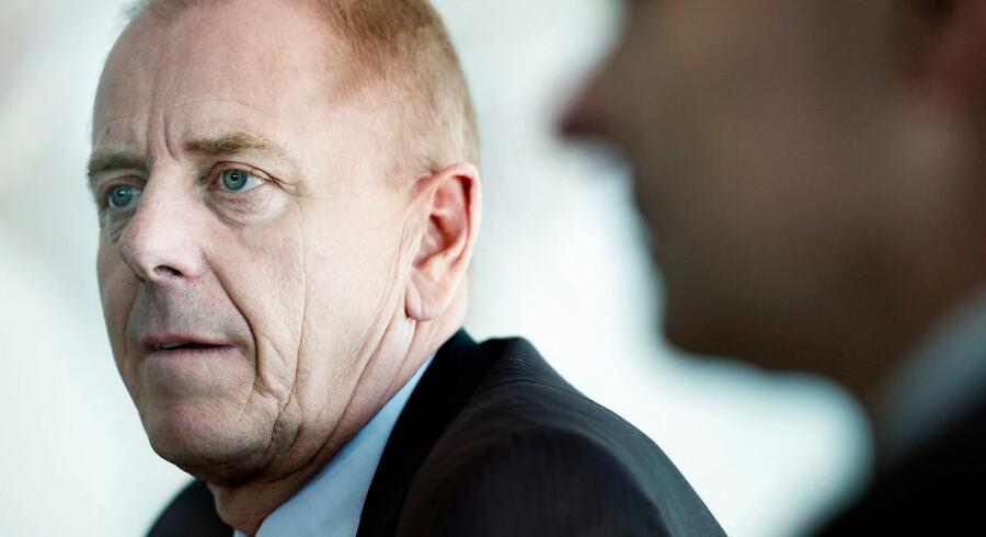 Novozymes' bestyrelsesformand, Jørgen Buhl Rasmussen, har sammen med resten af bestyrelsen fundet det nødvendigt at udskifte topchef Peder Holk Nielsen. Væksten skal leveres, og derfor skal der frisk blod til.