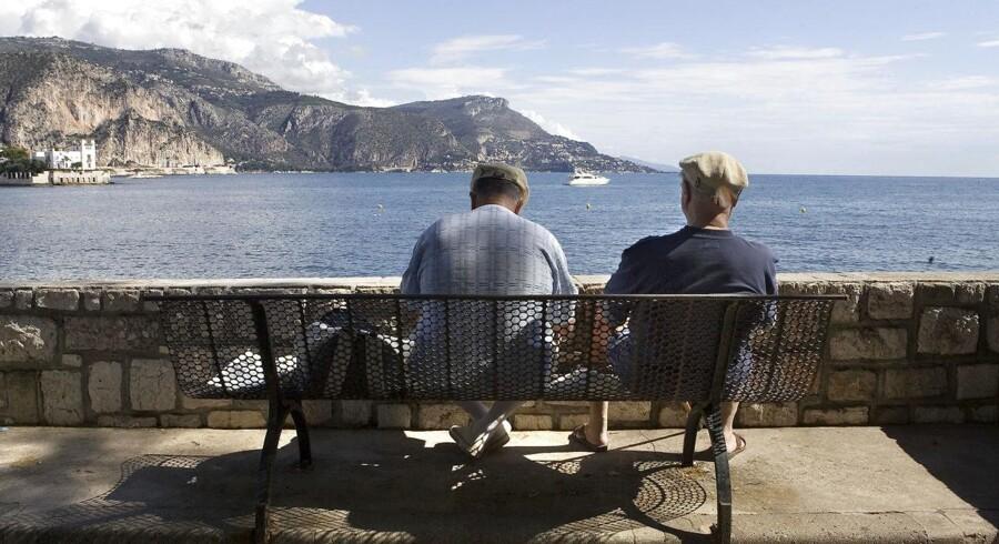 Der er udsigt til, at der bliver lidt mindre pensionsopsparing til at nyde sit otium ved Cap Farat i Sydfrankrig – på trods af, at afkastene i år hidtil har været meget høje.