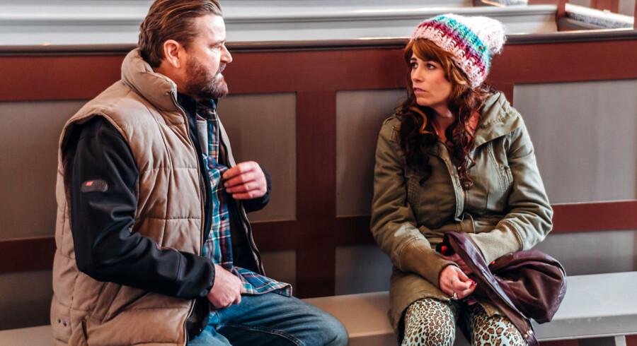 Et eller andet sted under Ninnas (Susanne Juhasz ) parykker og påfund ligger en god film der aldrig bliver helt forløst. Men hvad skal hun i øvrigt med naboen (Peter Gantzler)?
