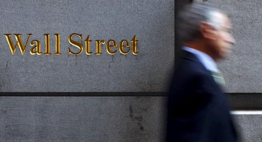 »Den kinesiske og amerikanske centralbank er historier for sig ved i stor stil at understøtte sine ejeres – hhv. den kinesiske stat og de store amerikanske bankers – opkøb af infrastruktur, ejendomme og virksomheder overalt i verden,« skriver Rasmus Hougaard Nielsen.