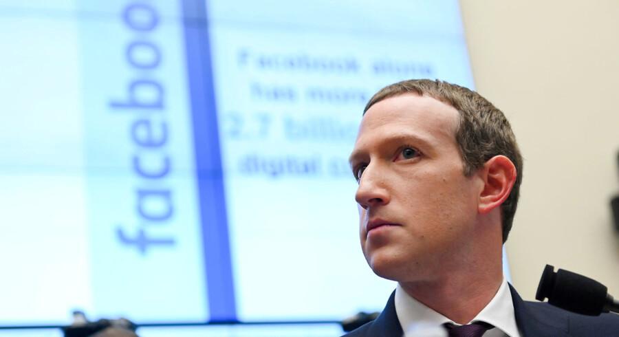 Facebook-grundlægger Mark Zuckerberg er en af de globale techledere, som er kommet i skudlinjen. I Davos udsættes de store techselskaber for stadigt hårdere kritik.
