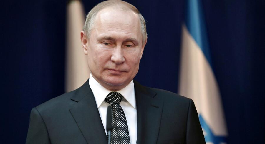 Arkivfoto. Rusland tager en række strategiske stik hjem efter den mere usikre kurs, USA følger i Mellemøsten både i Irak og Syrien og i forhold til Iran.