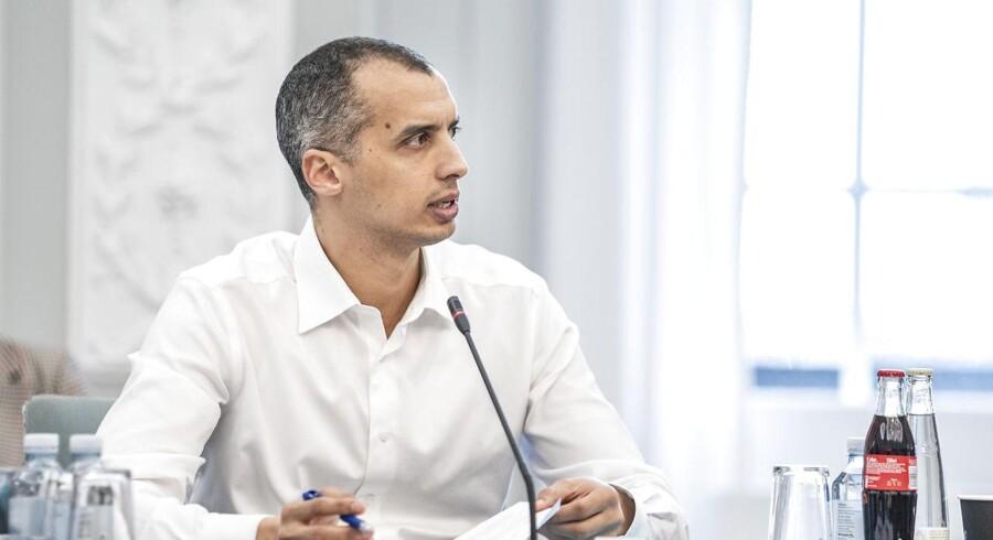 »Næsten halvdelen af dem, der får behandlet deres ansøgning om asyl i Danmark, har ikke et beskyttelsesbehov. Og derfor får de ikke asyl,« skriver Mattias Tesfaye.