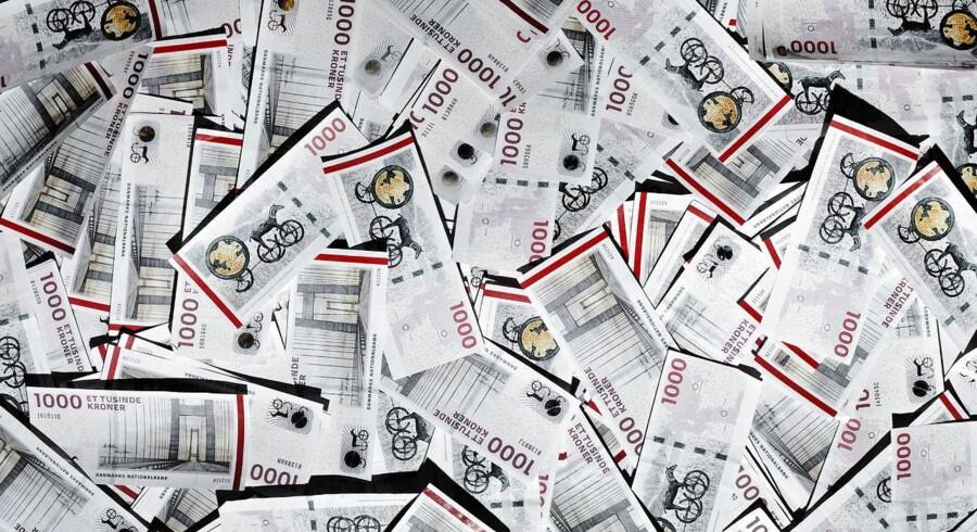 Fredag 3. april får danskerne milliarder af kroner tilbage i overskydende skat. I alt 3,4 mio. borgere får 17,4 mia. kr. tilbage.