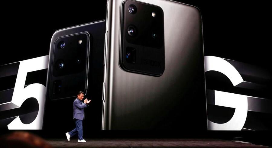 Samsung, som er verdens største mobilproducent, har sat sig på 5G-smartphonemarkedet, hvor Apple endnu ikke er trådt ind. Endnu har kun et par håndfulde lande dog åbnet for 5G-forbindelser.