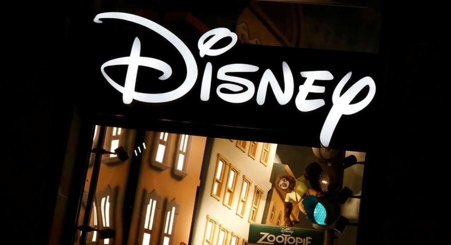 Nyt fra Walt Disney, der kan fortælle, at Star Wars-filmen Rogue One har solgt for 155 mio. dollar i den første weekend siden premieren.