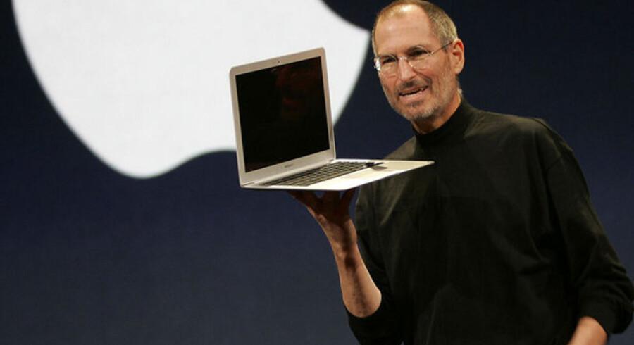 Apple-stifteren Steve Jobs' helbred er blevet ugebladsstof verden over. Her ses han under præsentationen på Macworld Expo i januar 2008.