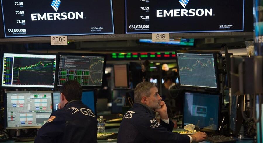 Renterne har været på en opadgående kurve over de seneste dage, og klatringen ser ud til at fortsætte fredag, hvis markedet skal følge udviklingen i USA.