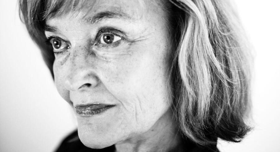 Filminstruktør Anne Wivel og enke efter Svend Auken roser sin mand for hans håndtering af døden.