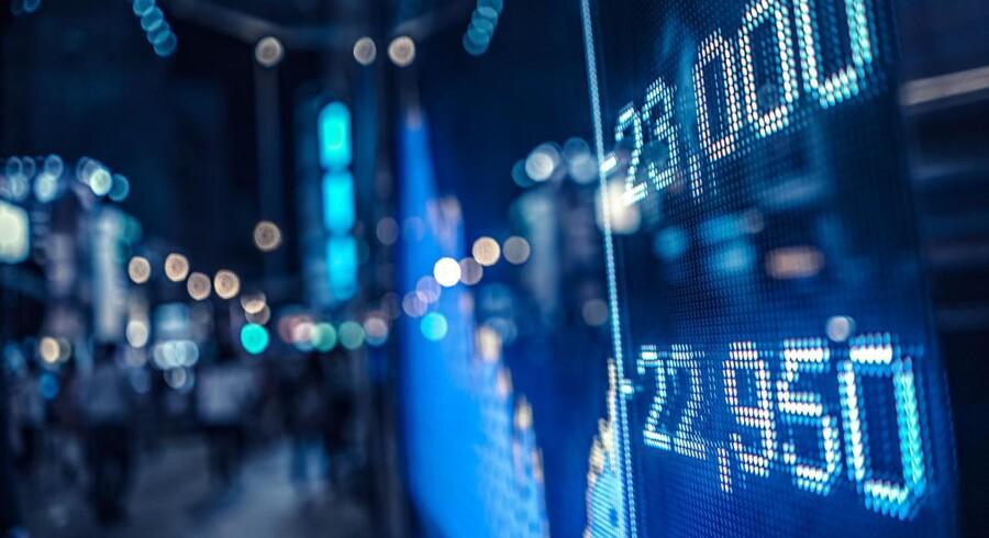NKT deles i to, Goldman Sachs sælger de sidste Dong-aktier, og Danske Bank er igen i fokus for hvidvask-problemer. Det er tre af hovedhistorierne på det danske aktiemarked torsdag, hvor der generelt set ventes en uændret eller let positiv stemning på børserne i Europa.