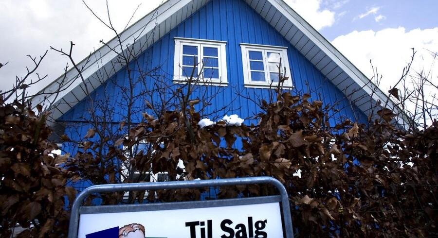 Arkivfoto. Mens lejlighedsejere stadig kan glæde sig over prisstigninger holdt huspriserne sig i ro i januar, viser tal.