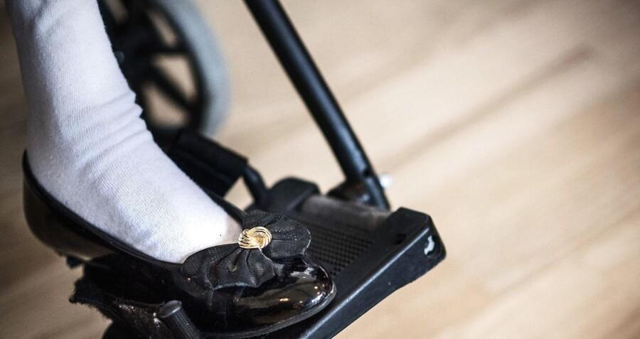 Beboere på plejehjem og sociale institutioner kan nu også få erstatning, hvis de kommer til skade på grund af fejl i behandlingen.