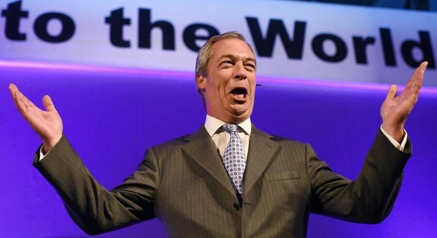 Det britiske EU-modstanderparti UKIP var begejstret for det danske nej ved torsdagens afstemning. »Strømmen i Europa går imod Den Europæiske Union, og det er en fornøjelse for mig at se »Nej«-siden triumfere i denne afstemning,« skrev partileder Nigel Farage efter at resultatet stod klart.