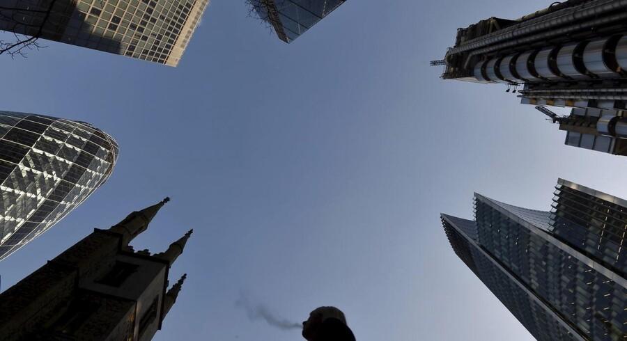 Londons finansdistrikt er fyldt med højtragende skyskrabere. Arkivfoto.