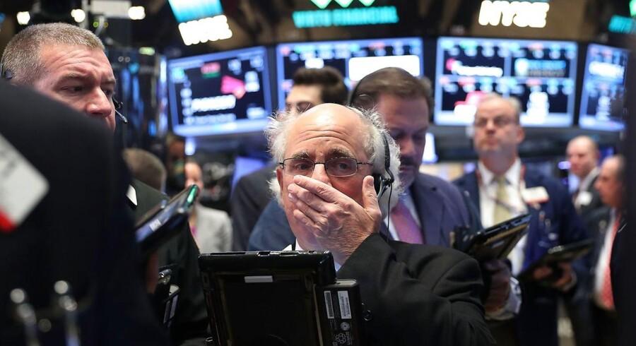 Omsætningen lå lidt under normalniveauet på såvel New York Stock Exchange som på Nasdaq-børsen.