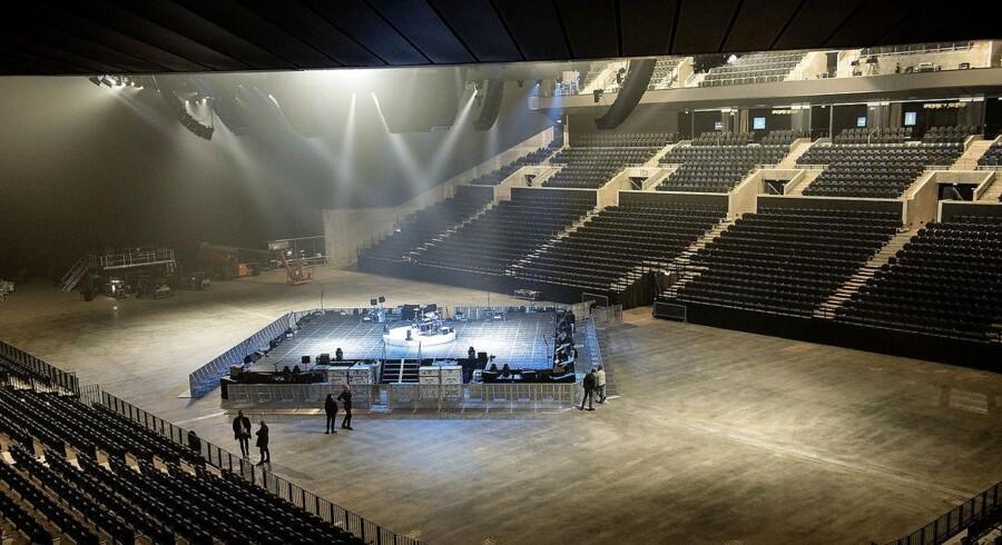 Royal Arena dagen før Metallica indvier arenaen.
