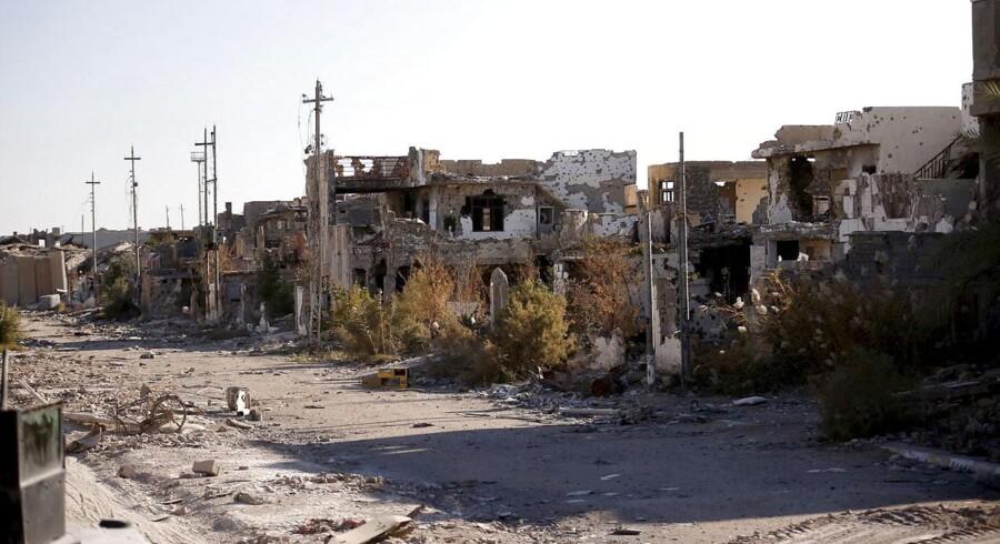 Ødelagte bygninger i Ramadi fotograferet tidligere på året.
