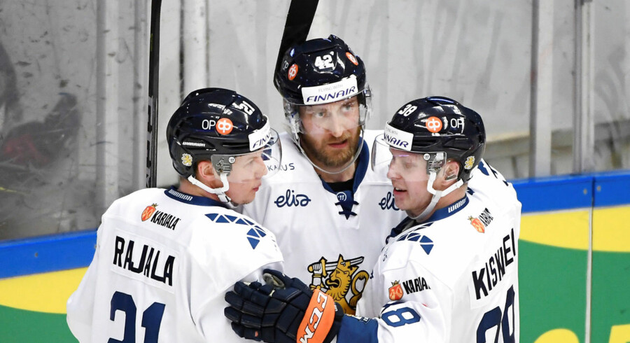 Ice Hockey - Sweden Hockey Games - Finland v Czech Republic - Sodertalje, Sweden, April 28, 2018 - Toni Rajala, Sami Sandell and Tuomas Kiiskinen of Finland celebrate after scoring a goal. TT News Agency/Henrik Montgomery via REUTERS ATTENTION EDITORS - THIS IMAGE WAS PROVIDED BY A THIRD PARTY. SWEDEN OUT.NO COMMERCIAL OR EDITORIAL SALES IN SWEDEN.NO COMMERCIAL SALES.