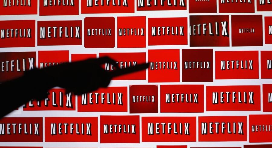 Det amerikanske filmstreamings-selskab Netflix fik stærk investor-applaus efter et stærkt regnskab for fjerde kvartal tirsdag aften efter børstid.