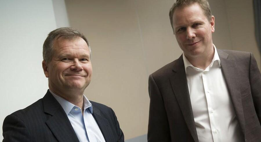 Telenor og Telia fusionerer i Danmark. Robert Andersen fra Telia Europa og ansvarlig fra Telenor Kjell Morten Johnsen.