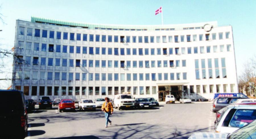 Politikerne på rådhuset her i Lyngby-Taarbæk Kommune valgte at bruge penge på at købe nye computere i stedet for at betale for software til skoleeleverne. Foto: Lyngby-Taarbæk Kommune