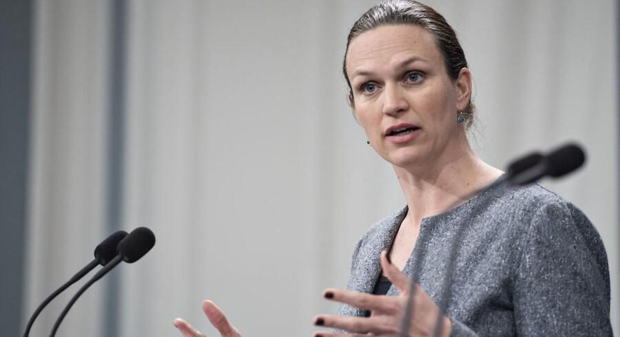 Gymnasieelever må ikke snyde med pc til eksamen, mener undervisningsminister Merete Riisager (LA) om tjek.
