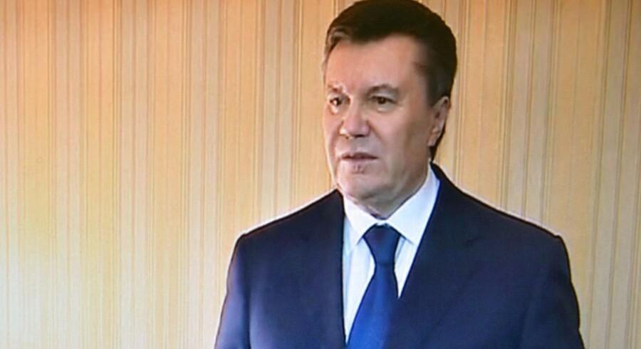 Viktor Janukovitj trådte lørdag frem på lokal-tv i det østlige Ukraine.