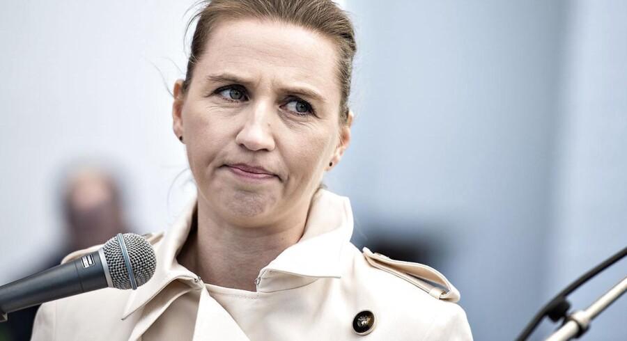 Arkivfoto. Flere skal faguddannes, og kræftsyge må behandles, før skatterne sænkes, mener S-formand Mette Frederiksen.
