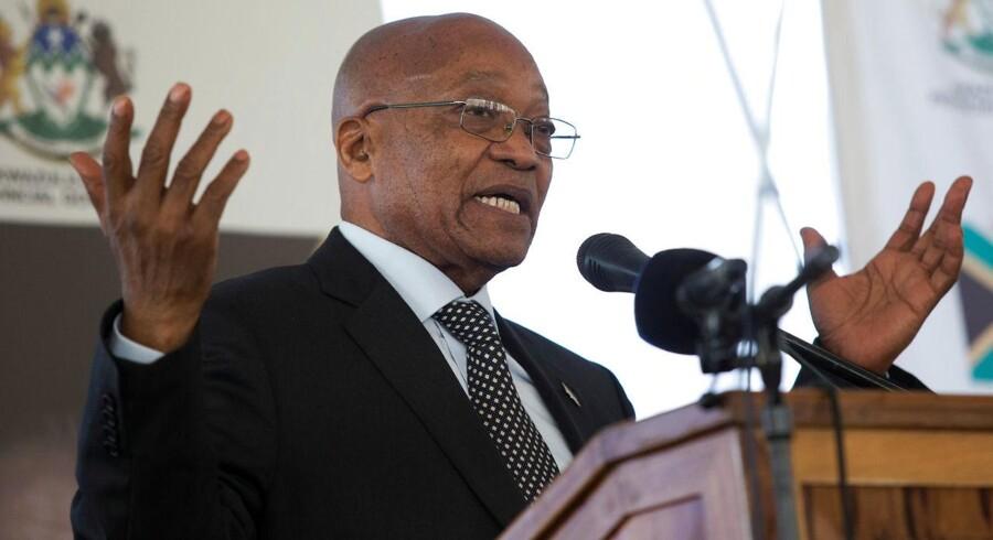 Den 75-årige Zuma har været Sydafrikas præsident siden 2009, men hans otte år på posten har været præget af anklager om korruption.