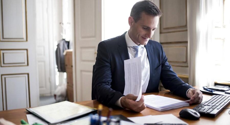 Rasmus Jarlov er Danmarks erhvervsminister og medlem af Folketinget for Det Konservative Folkeparti.