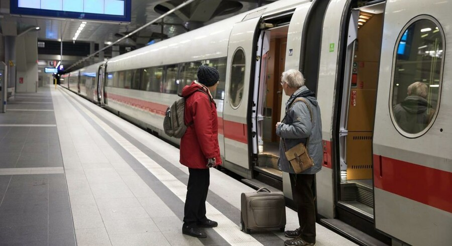 Tysklands regering overvejer at gøre offentlig transport gratis. Med det opsigtsvækkende forslag håber regeringen at begrænse den private biltrafik og bekæmpe luftforureningen.