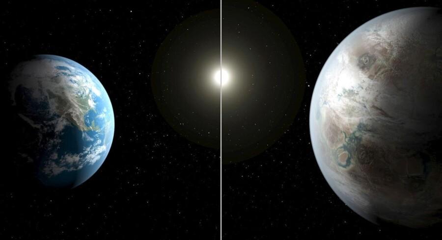 Planeten ved navn Kepler-452b (th.) er lidt større end Jorden, men befinder sig lige midt i den potentielt livgivende såkaldte guldlokzone i optimal afstand fra sin sollignende moderstjerne. Der kan med andre ord sagtens være flydende vand på dens overflade og, muligvis, liv.