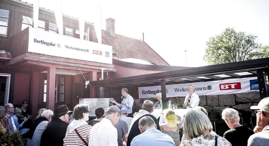 Folkemødet på Bornholm giver erhvervsledere mulighed for at træde ud af deres egen boble. Folkemødet er vigtigt, men dyrt og dermed ekskluderende. Flyt det til Herning og Roskilde, mener adm. direktør for Microsoft Danmark.