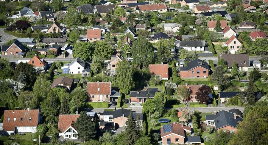 Potentielle boligkøbere må indstille sig på, at de fortsat ikke ved, hvor meget de skal betale i ejendomsskatter fremover.