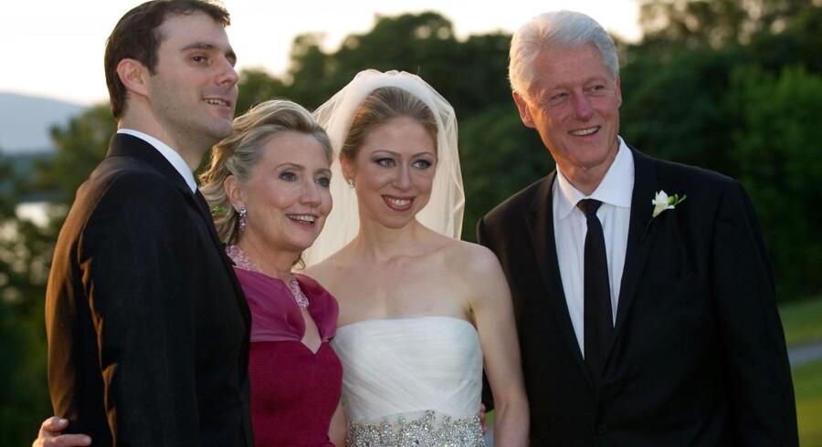 Seks måneder efter Bill Clinton blev akutopereret, blev hans datter, Chelsea, gift. På det tidspunkt havde han allerede tabt sig ni kilo.