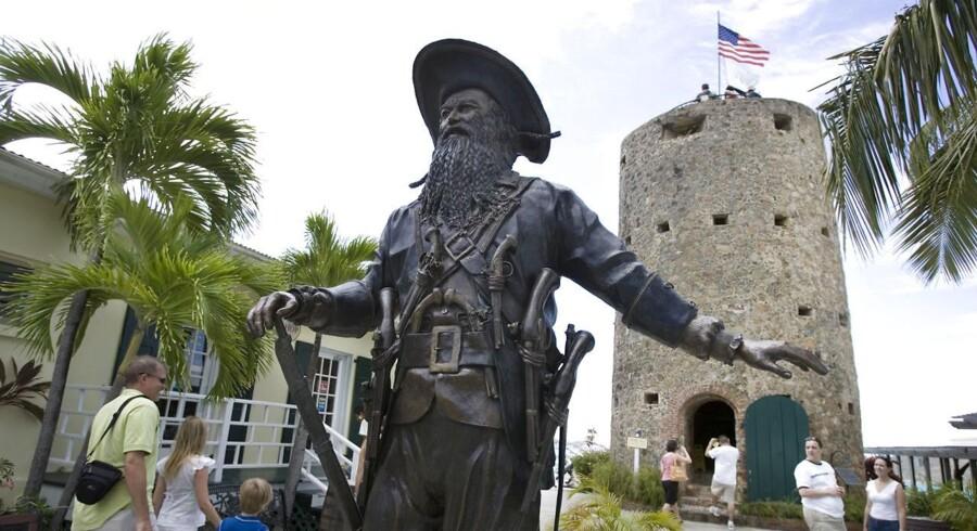 2017 er et stort år historisk. Bl.a. er det 100-året for salget af Dansk Vestindien til USA. Her statue af Sortskæg på Blackbeards Castle.