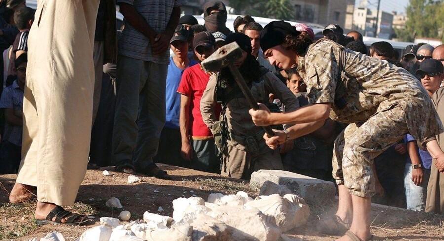 """Generobringen af Palmyra markerer """"begyndelsen til enden"""" for Islamisk Stat, lyder det selvsikkert fra den syriske regeringshær efter sejren i oasebyen."""