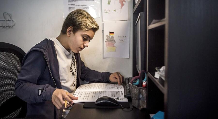 Tristan Baustier er 13 år og elev på Behandlingsskolerne, en række private specialskoler for børn med diagnoser og særlige udfordringer. Tristan er autist, og har tidligere gået på en specialskole, hvor der ikke blev taget hånd om ham, hvilket gjorde, at han mistrivedes fagligt og socialt.