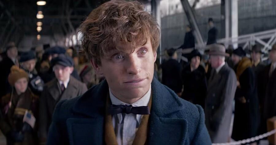 Harry Redmayne som troldmanden Newt Scamander
