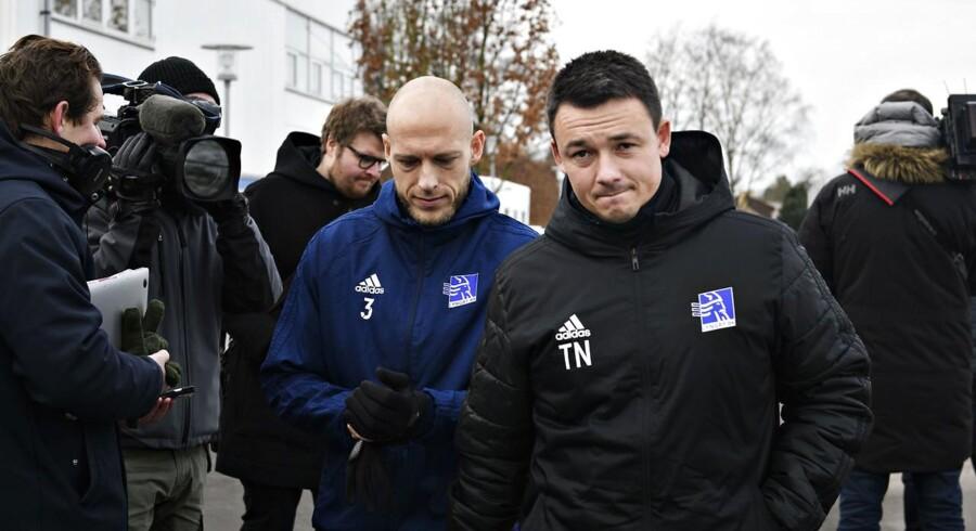 Michael Lumb og resten af Lyngby-holdet var på træningsbanen onsdag, mens ledelsen kæmper med en redningsplan.
