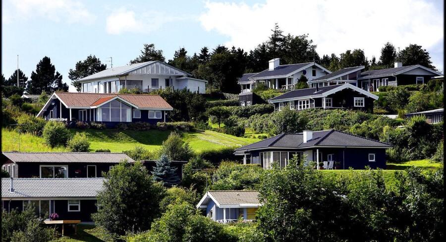 Arkivfoto. De dyre sommerhuse ligger typisk i områder, som man kan nå inden for en times tid fra Københavns-området, Aarhus-området og Aalborg-området.