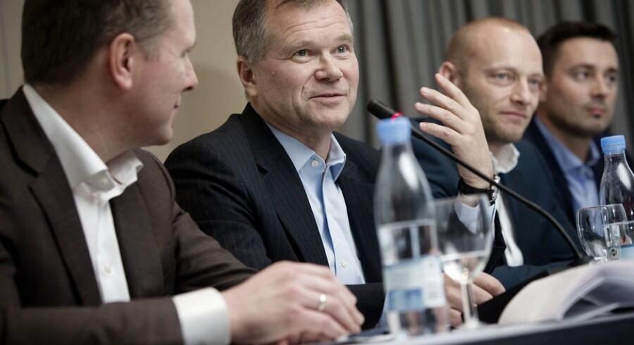 Telenor og Telia fusionerer i Danmark. fra venstre ses Telenors europachef Kjell-Morten Johnsen, Telias europachef Robert Andersson, adm. dir. hos Telia Søren Abildgaard og adm. dir. hos Telenor Marek Slacik på pressemødet 3. december 2014, da fusionen blev præsenteret.