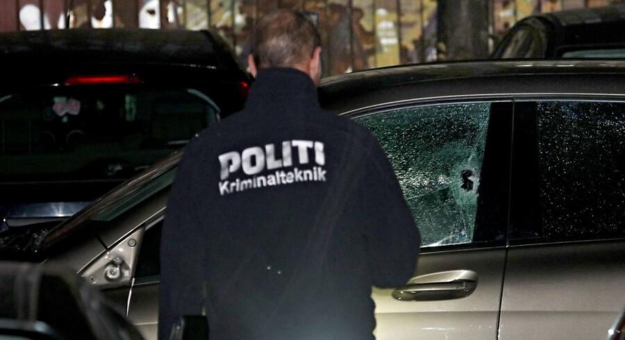 Bilen, der blev ramt af skud fredag den 29. september.