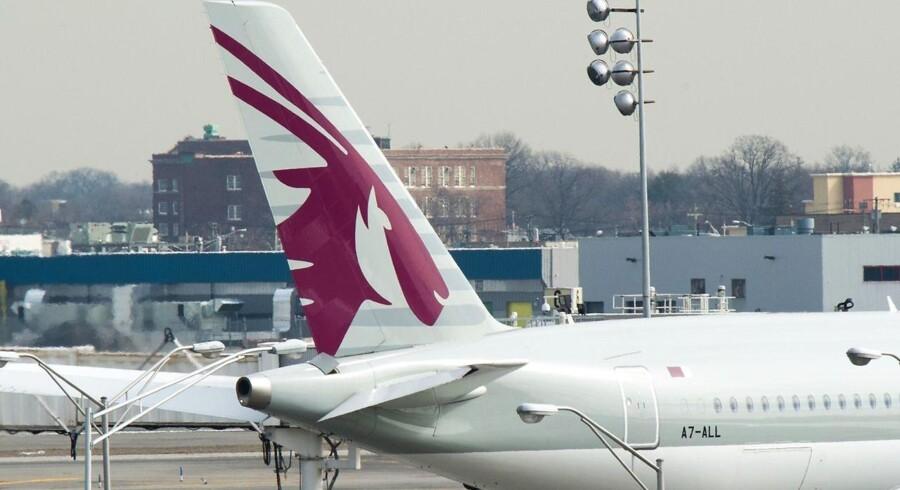 Qatar Airlines er det seneste selskab til at oplyse, at det suspenderes sine flyvninger til Erbil, skriver Reuters.